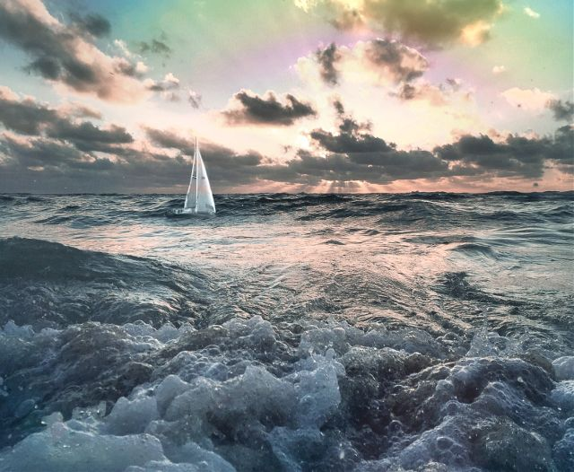 Sea photography by @melissa_vincent
